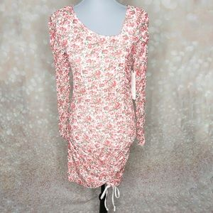 Almost Famous Floral Ruched Long Sleeve Dress Med